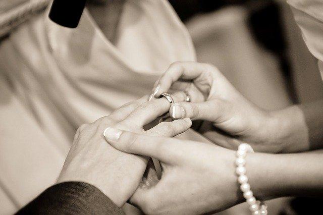 ślub bez obrączek
