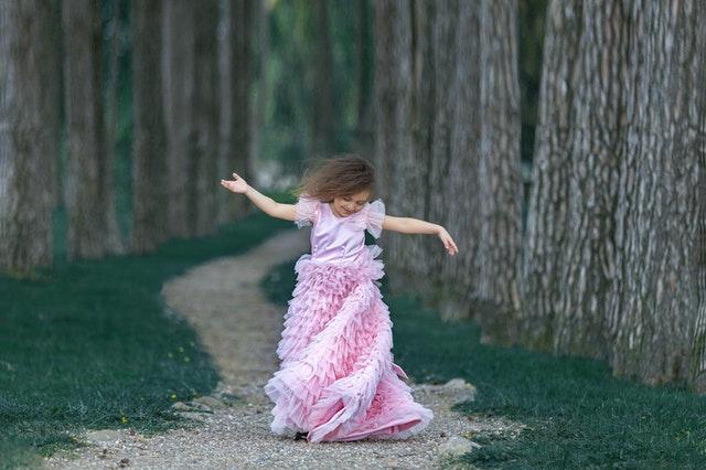 Jak ubrać dziewczynkę na wesele
