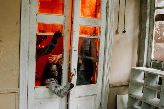 najlepsze filmy o zombie