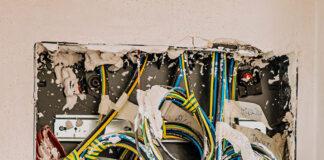 Gdzie najlepiej kupić materiały elektryczne i skorzystać z szerokiej oferty usług