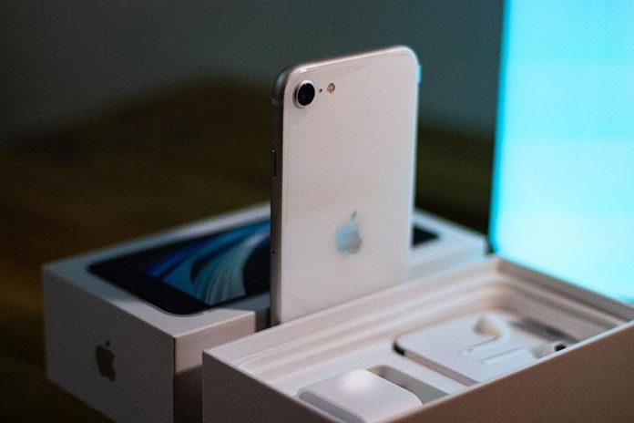 Tani smartfon od Apple – iPhone SE (2020)
