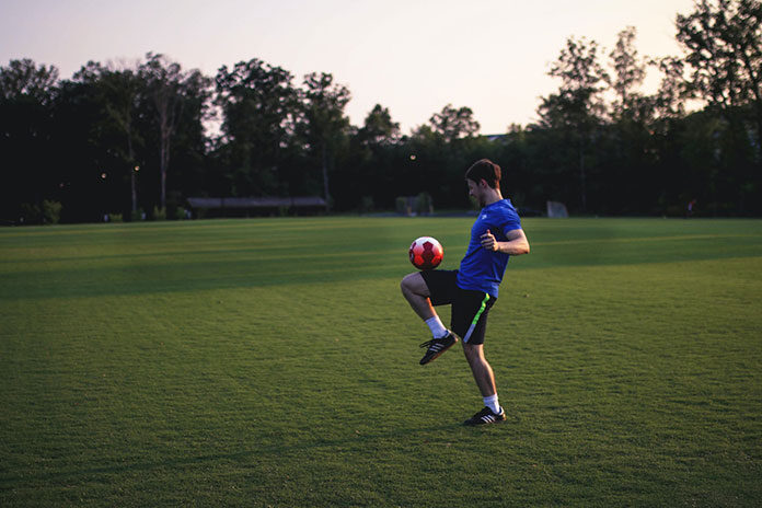 Wygodne stroje dostosowane do potrzeb zawodników i amatorów sportu