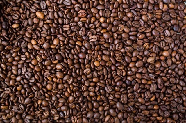 zbliżenie na ziarenka kawy