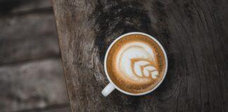 Jak parzyć kawę w kawiarce stalowej